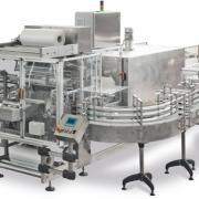 Sleeve shrink wrapping machine with sealing bar